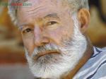 Ernest Hemingway (1899 - 1961) là nhà văn, nhà báo người Mỹ