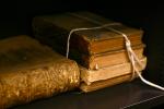 5 Tiểu thuyết kinh điển dù gây tranh cãi nhưng vẫn nổi tiếng